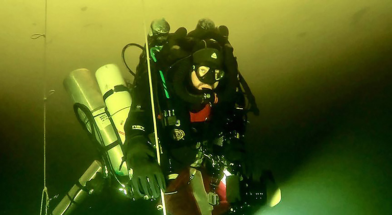 Deepest dive under ice [Freshwater]