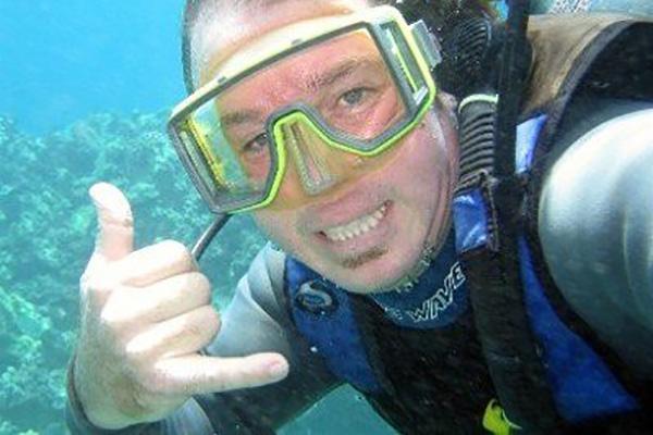 "Most ""Shaka"" diver signs"